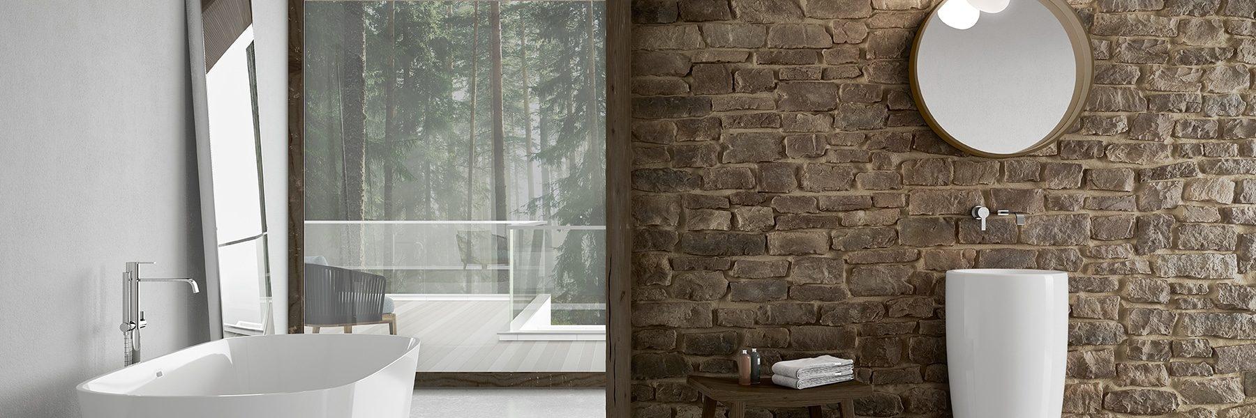 Mur de salle de bain en pierres reconstituées sans joint