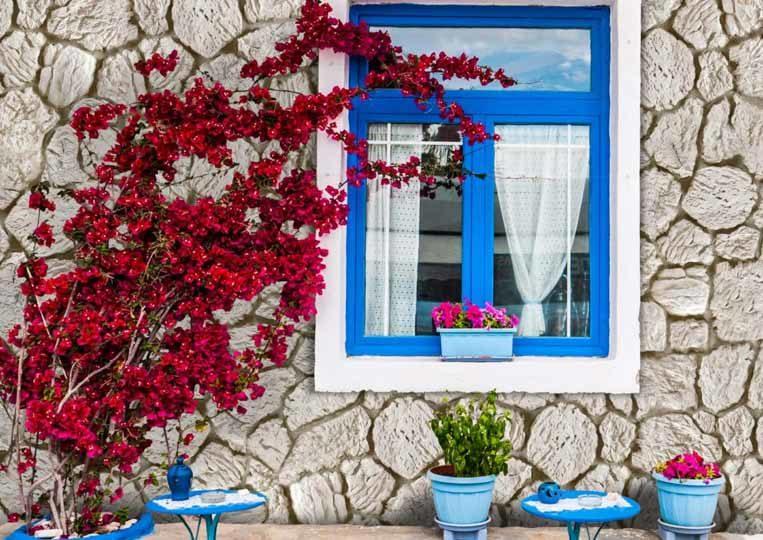 Mur extérieur d'une maison en pierre de parement mathios terra clair