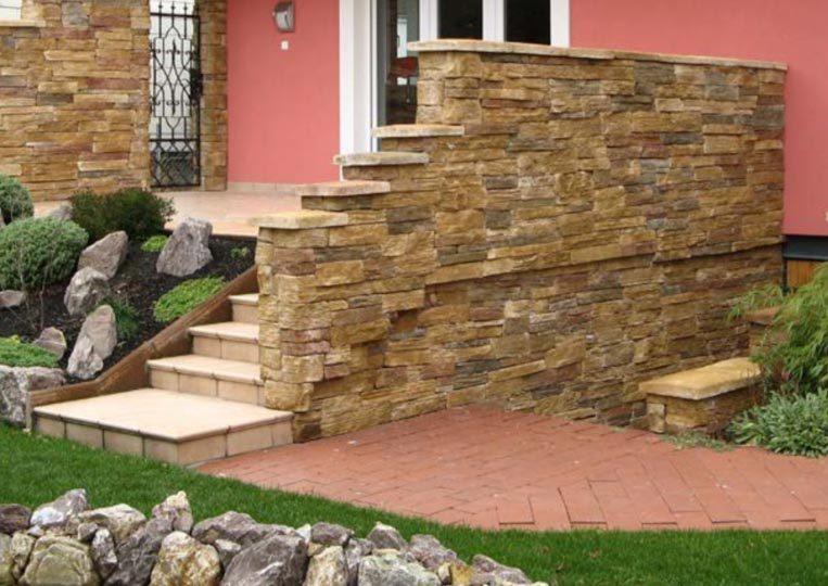 Muret réalisé en pierre reconstituée mathios bretagne