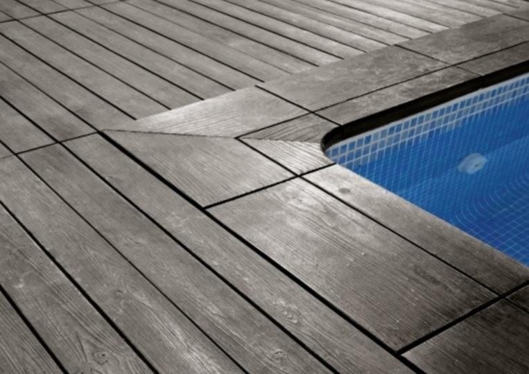 Bord de piscine en pierre reconstituée acl madeira deck classic couleur noir