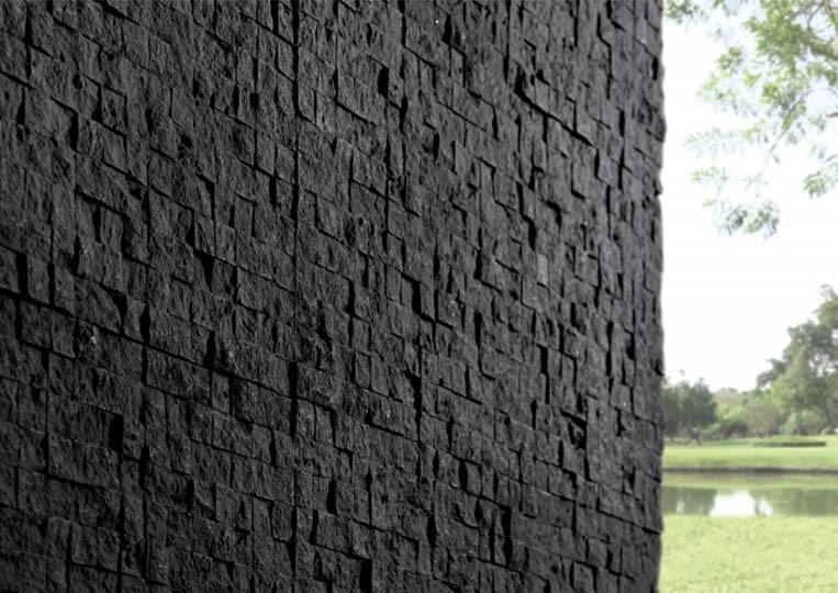 Coin de mur extérieur en pierre reconstituée couleur anthracite acl cubus