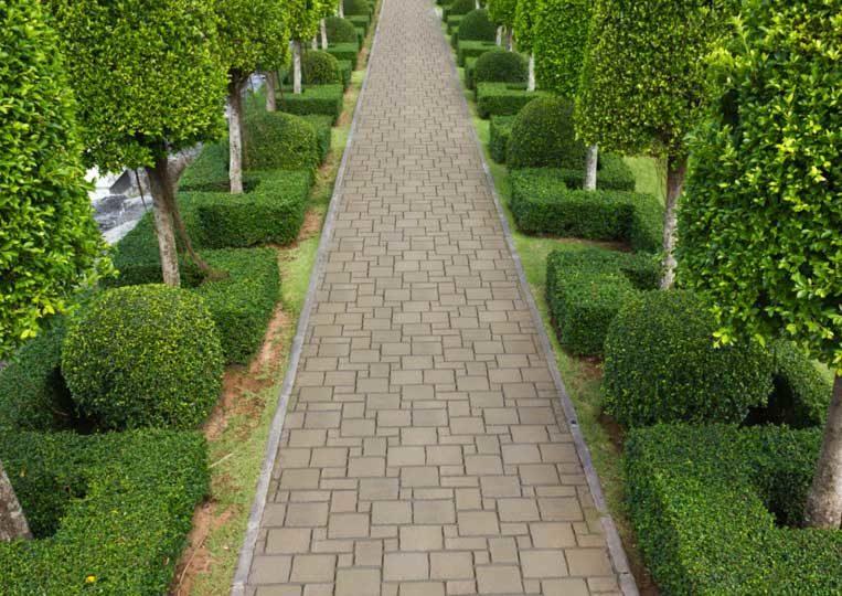 Chemin en pierre reconstituée mathios estate