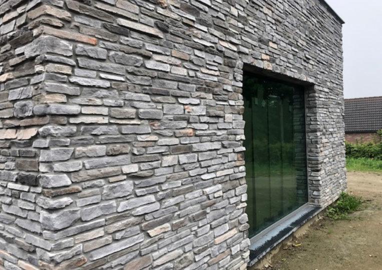 Pant de mur extérieur en pierre reconstituée rastone sierra grise