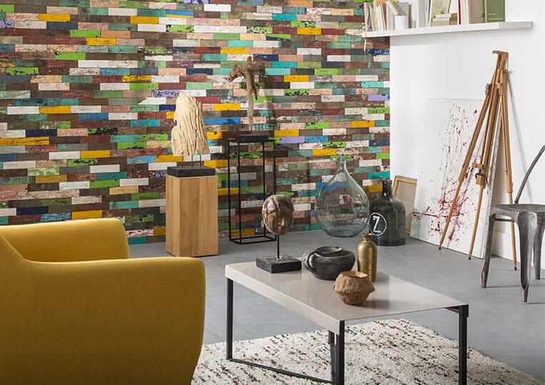 Mur en bois de parement teck recyclé Lithos Kuta