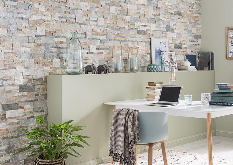 Mur intérieur en pierre naturelle beige