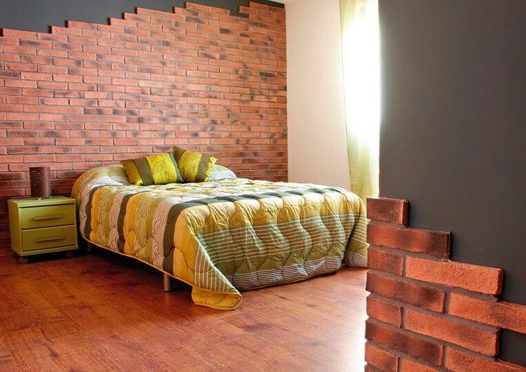 Pans de mur d'une chambre en oxford briquettes pierre reconstituée