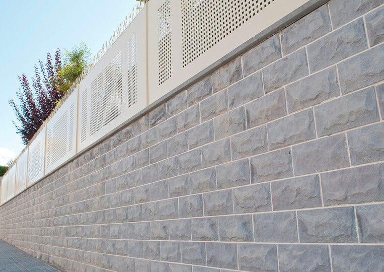 Mur extérieur en pierre de parement pirineos
