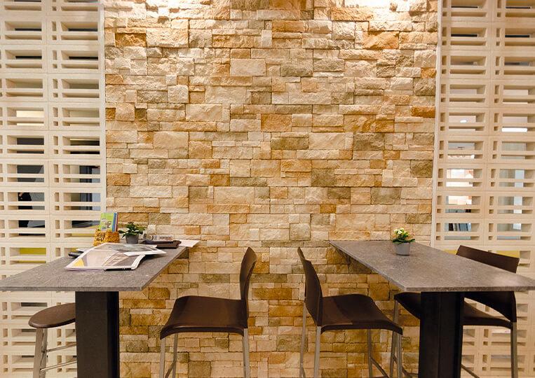 Mur intérieur en pierre de parement reconstituée sierra nevada
