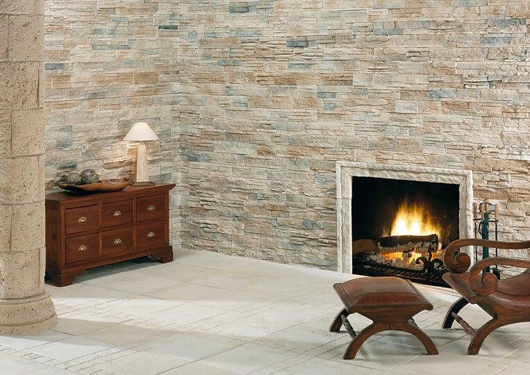 Mur et cheminée en pierre de parement varadero
